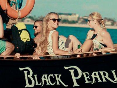 фото Petualangan Bajak Laut Black Pearl 1