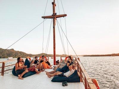 фото Делюкс лодка